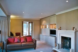 Lounge & Media Rooms